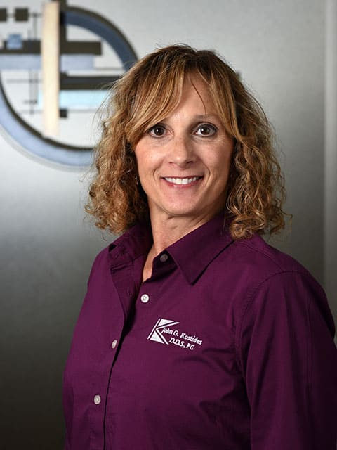 Lurlene is a Dental Receptionist at Kostides Dental